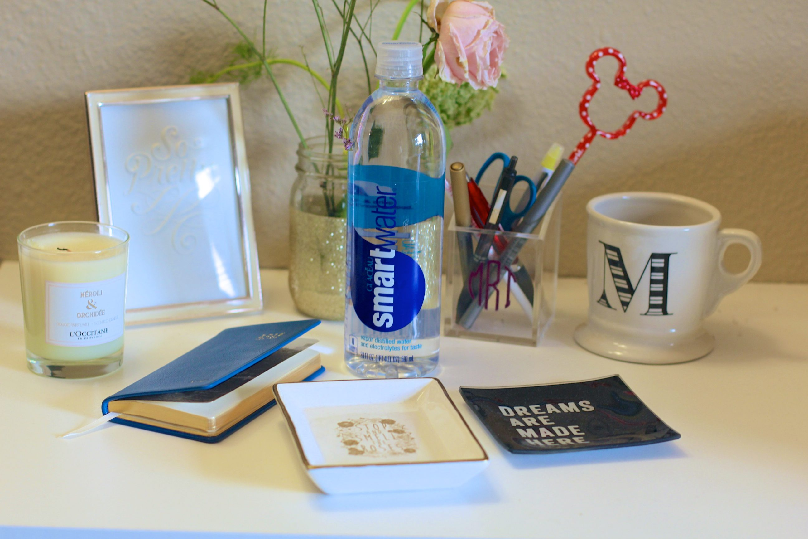 missyonmadison, melissa tierney, vera bradley, nyfw, smartwater, nyfw survival guide, vera bradley red bag, red satchel, vera bradley red satchel, scentbird, refillible perfume, viktor and rolf, gigi ny date book, gigi ny agenda, smart water, up up up, rebecca minkoff leather pouch, initial leather pouch, portable iphone charger, back up iphone charger, ny, new york fashion week, mbfw, mercedes benz fashion week, what to bring to fashion week,